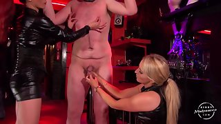 Courtney & MayaLiyer - Ballbusting & Squeezing By 2 Ladies