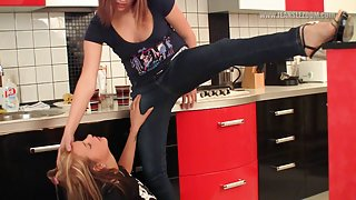 [JeansLezdom] Candy-Alexa & Kira - Jeans dominance in the kitchen
