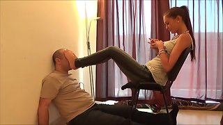 MistressesNextDoor - Thalia - Hard Footsmother Against Wall Until Pass Out