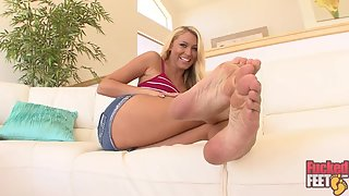 FuckedFeet - Katie Summers - Cum All Over My Tan Feet