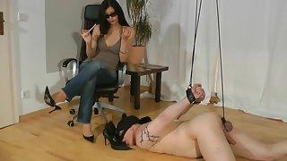 GoddessLeyla - Bound shoes cleaner