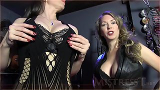 Mistress T - cleavage weakness
