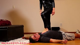 MandyFlores - Beaten and Broken: Executrix