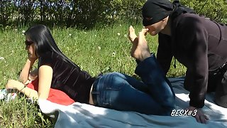 GoddessLeyla - Foot Worship In The Nature