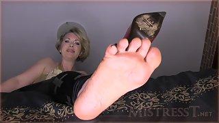 Mistress T - foot dork humiliated