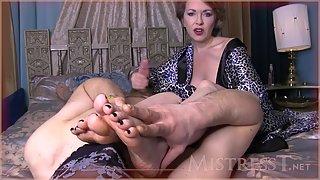 Mistress T - Intimate Foot Loving