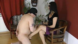 GoddessLeyla - Fun for Mistress