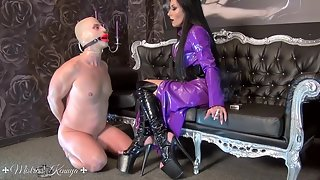 Mistress Kennya - Bright red lips for My ashtray