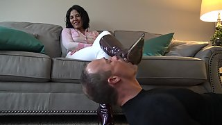 Clips4sale - Boot licking bitch