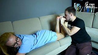 Nurse sensual foot worship during corona epidemic