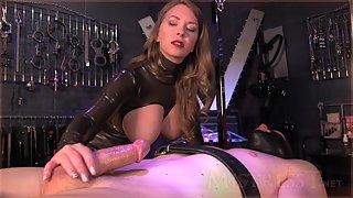 Mistress T - latex catsuit milking