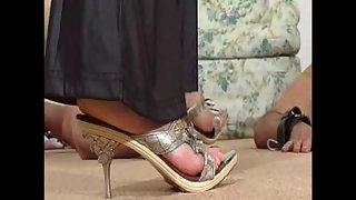 SweetNastyShoes - Hands Trampling