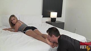 FuckedFeet - Kennedy Leight - Super Star