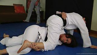 Fighting in Judo Gi!