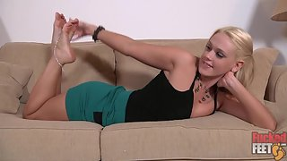 FuckedFeet - Roxy Raye - Perfect Feet