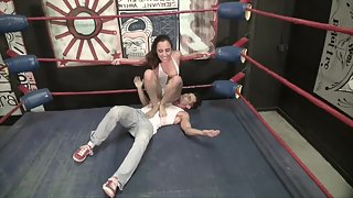 SweetFemdom - wrestling for sex with roxanne full master