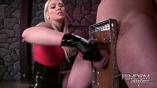 [FemdomEmpire] Handjob from Hell