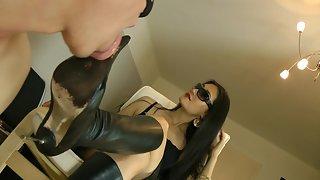 GoddessLeyla - Lick My Favorite Stiletto Boots