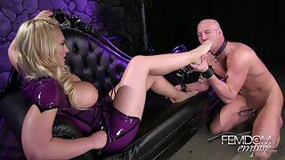 FemdomEmpire - Blow these toes