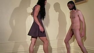 MistressTrish - Neutering Her Bitch & Using Him Like A Fire Hydrant