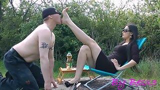 GoddessLeyla - Take Off And Lick