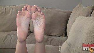 FuckedFeet - Asia Zo - Beautiful Asian Feet