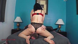 Scarlett Devine - Amazon Ass Attack